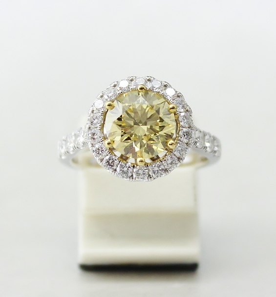 "2.08 CARAT FANCY INTENSE YELLOW ROUND BRILLIANT WITH GIA CERT / ""LARRY JEWELLRY"""