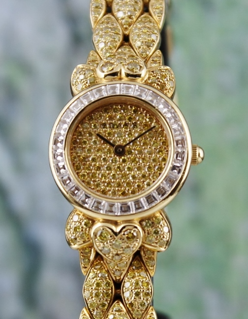 RARE FIND 18K YELLOW GOLD GRAFF FANCY YELLOW DIAMOND LADY WATCH