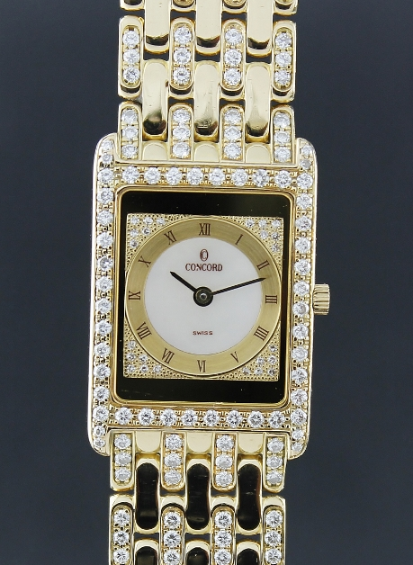 A 100% ORIGINAL LADY 18K YELLOW GOLD DIAMOND WATCH