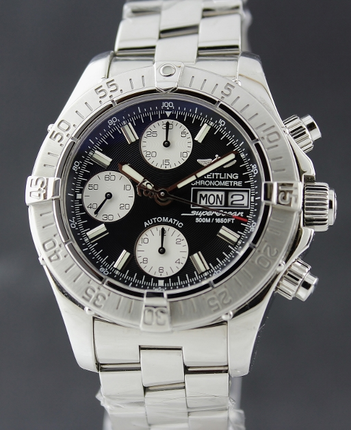 A BREITLING AUTOMATIC SUPEROCEAN CHRONOGRAPH / A13340
