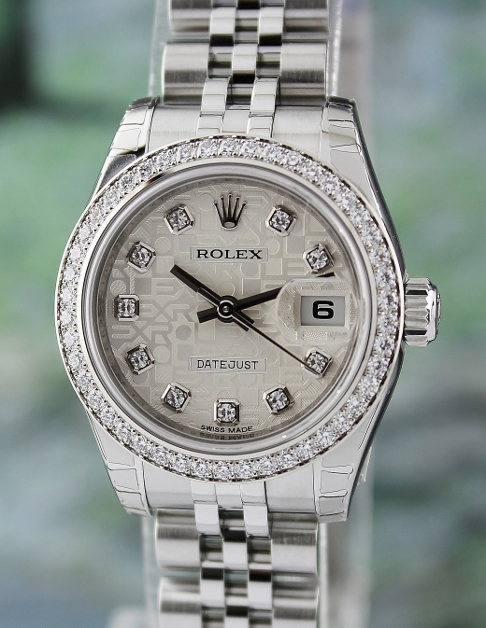 UNWORN ROLEX LADY OYSTER PERPETUAL DATEJUST / ORIGINAL DIAMOND BEZEL / 179384
