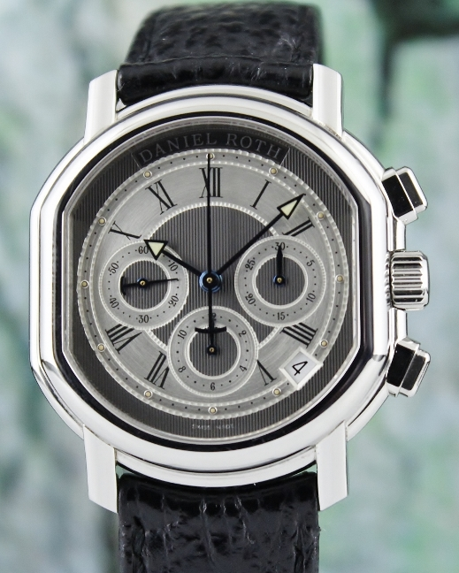 A DANIEL ROTH STAINLESS STEEL AUTOMATIC CHRONOGRAPH WATCH