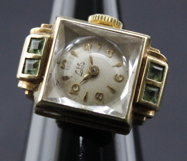A 18K SOLID GOLD VINTAGE MANUAL WINDING RING /WATCH