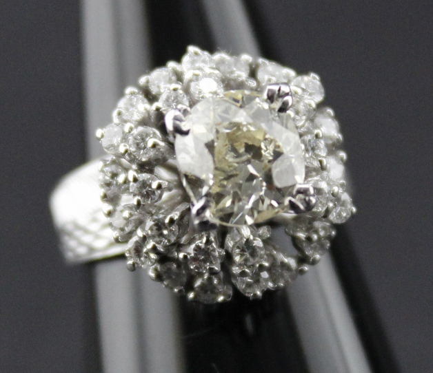 1.7 Carats Old Cut Diamond Ring
