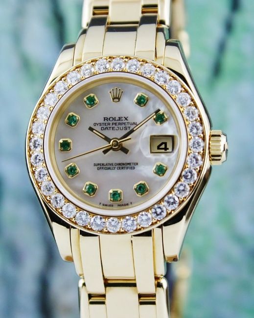 A ROLEX 18K YELLOW GOLD LADY SIZE DATEJUST PEARL MASTER - 69298