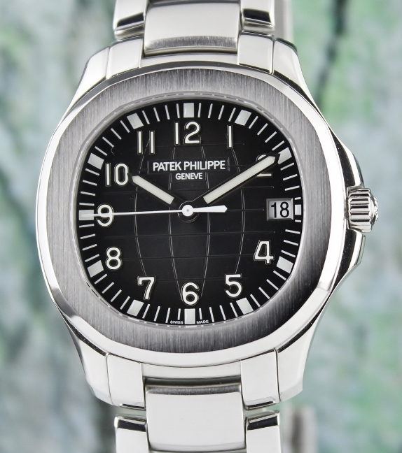 LIKE NEW UNPOLISHED PATEK PHILIPPE STAINLESS STEEL AQUANAUT 40MM / 5167A