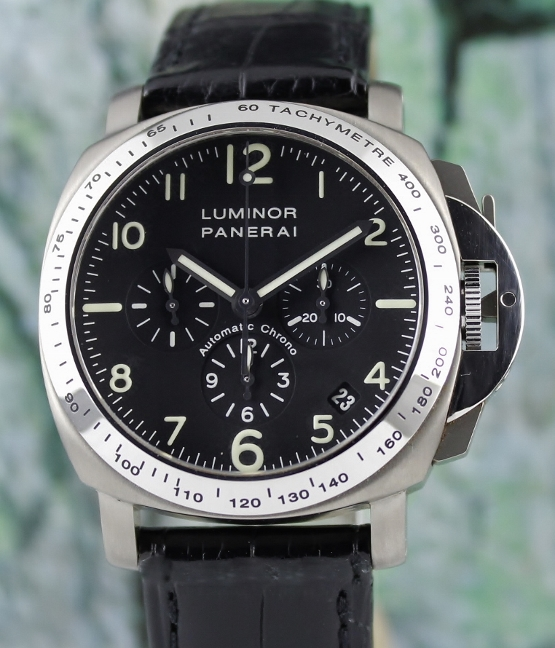 RARE LIKE NEW PANERAI LUMINOR CHRONOGRAPH ZENITH MOVEMENT 40MM IN TITANIUM / PAM 074