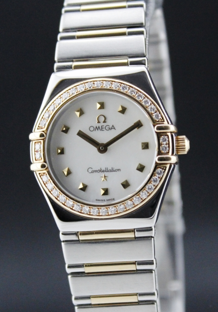 AN OMEGA MID SIZE STEEL & GOLD CONSTELLATION
