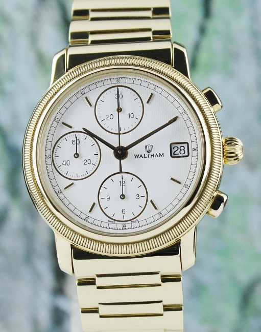 A FINE WALTHAM 18K YELLOW GOLD CHRONOGRAPH AUTOMATIC WATCH