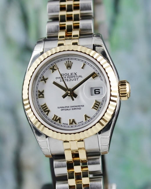 LIKE NEW UNPOLISHED ROLEX LADY SIZE OYSTER PERPETUAL DATEJUST - 179173