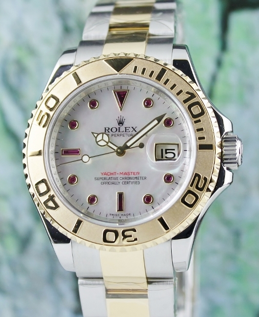 ROLEX MEN SIZE OYSTER PERPETUAL DATE / YACHT-MASTER / 16623