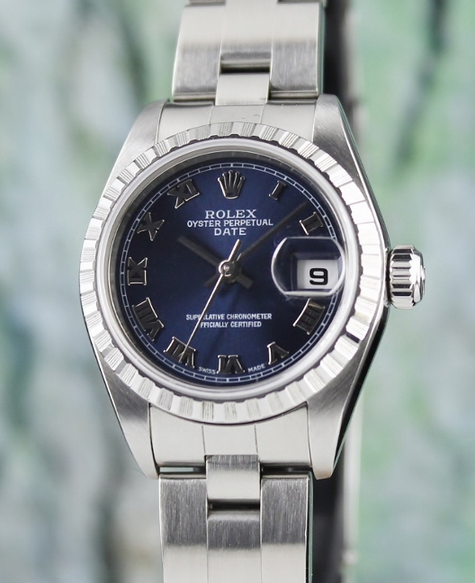 A ROLEX LADY SIZE OYSTER PERPETUAL DATEJUST / 79240