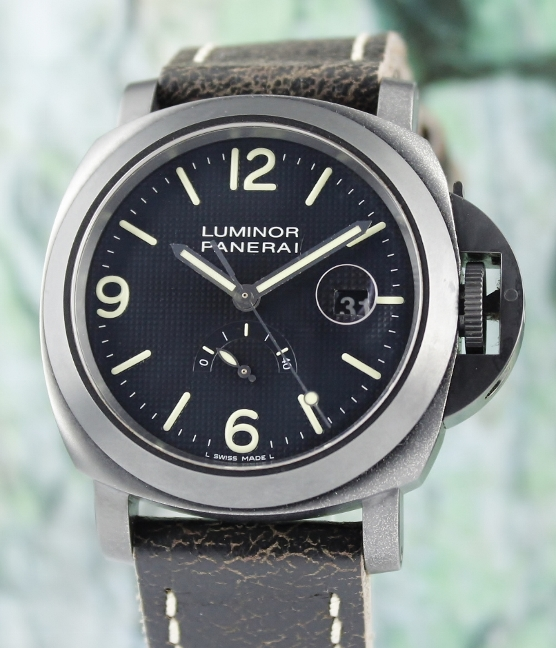 Panerai Luminor Power-Reserve Limited Edition of 1000 Pieces / Pam 028