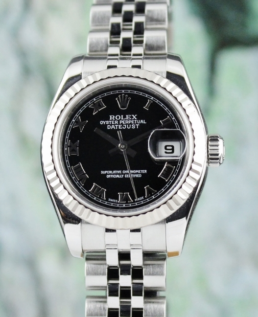A ROLEX LADY SIZE OYSTER PERPETUAL DATEJUST - 179174 / CERT