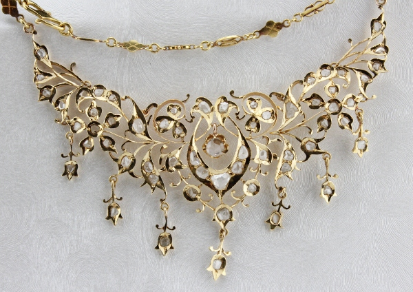 ANTIQUE 20K GOLD INTAN NECKLACE