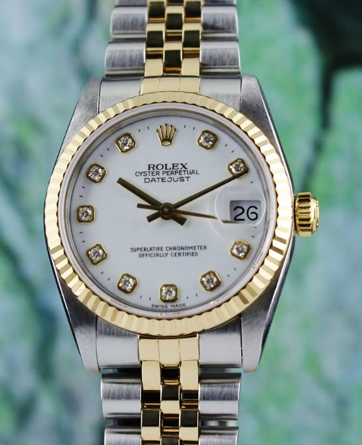 LIKE NEW ROLEX MID SIZE OYSTER PERPETUAL DATEJUST / 68273