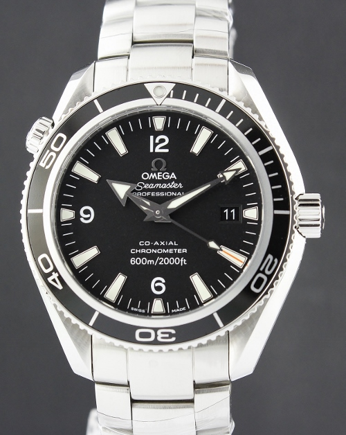 99.9% LIKE NEW OMEGA CO-AXIAL SEAMASTER 42MM / 22015000