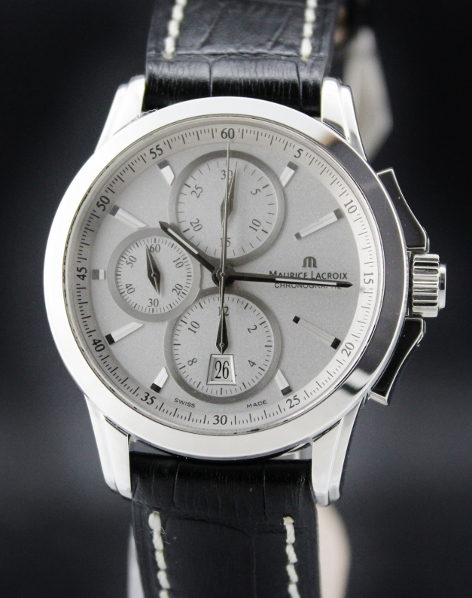 A MAURICE LACROIX CHRONOGRAPH MEN WATCH
