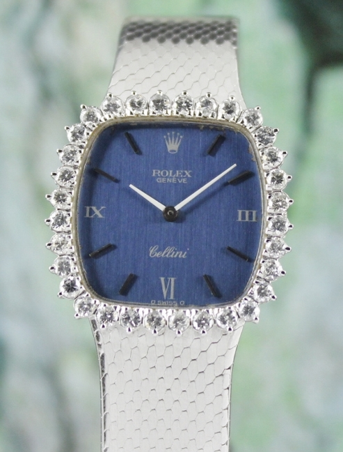 A ROLEX 18K WHITE GOLD LADY SIZE MANUAL WINDING CELLINI