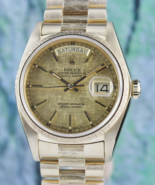 ROLEX MEN SIZE 18K YELLOW GOLD OYSTER PERPETUAL DAY-DATE / 18078