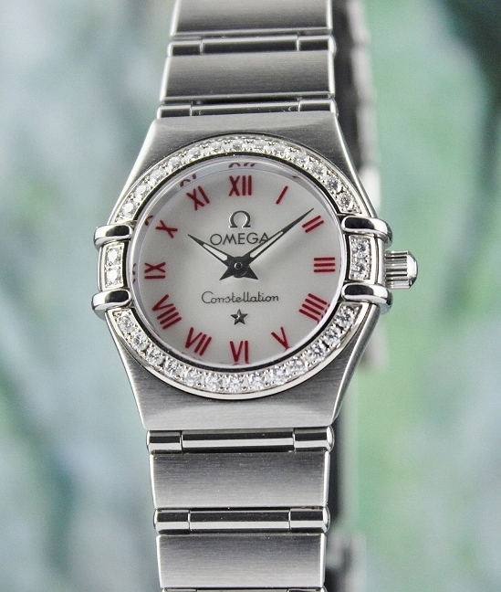 OMEGA MINI SIZE LADY CONSTELLATION WATCH / MOP
