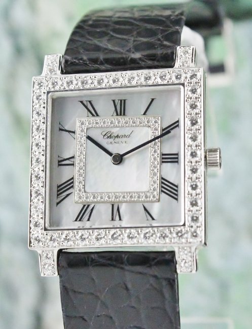 CHOPARD 18K WHITE GOLD MECHANICAL DIAMOND WATCH / MOP / 17/3296