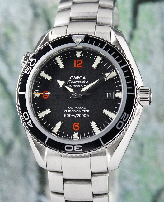 AN OMEGA PLANET OCEAN CO-AXIAL AUTOMATIC 42MM / 22015100