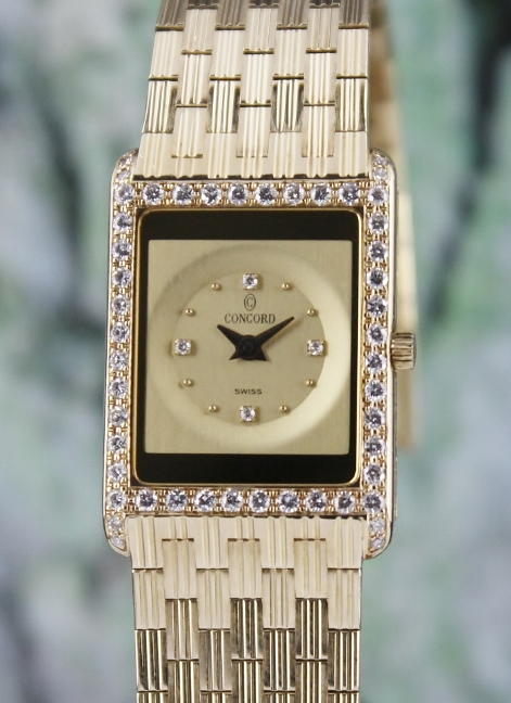 A 100% ORIGINAL CONCORD LADY SIZE 18K YELLOW GOLD DIAMOND WATCH
